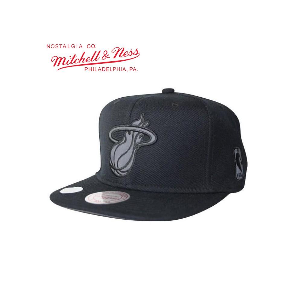 Casquette MITCHELL & NESS Miami Heat Noir Unisexe