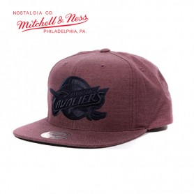 Casquette MITCHELL & NESS Cleveland Cavaliers Violet Unisexe